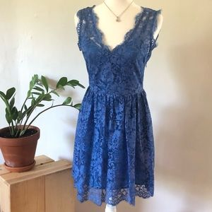 Scoop nyc x Madison Marcus blue lace dress